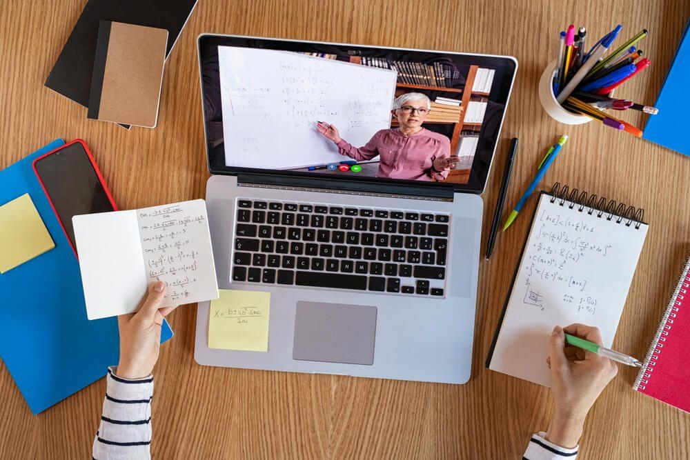 requisitos trabalhar como professor online