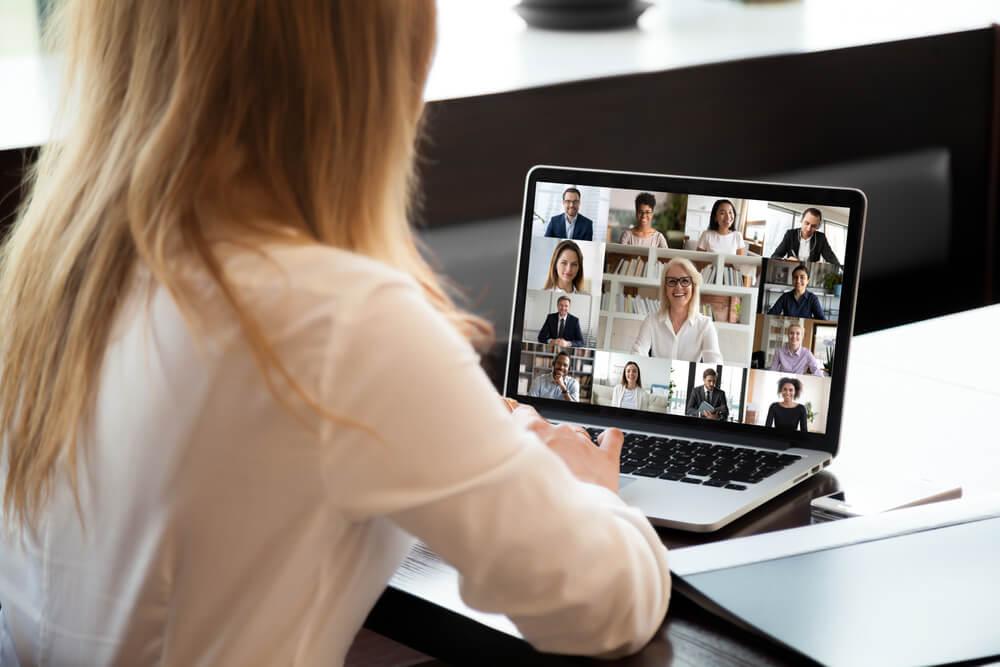 trabalhar como professor online vantagens