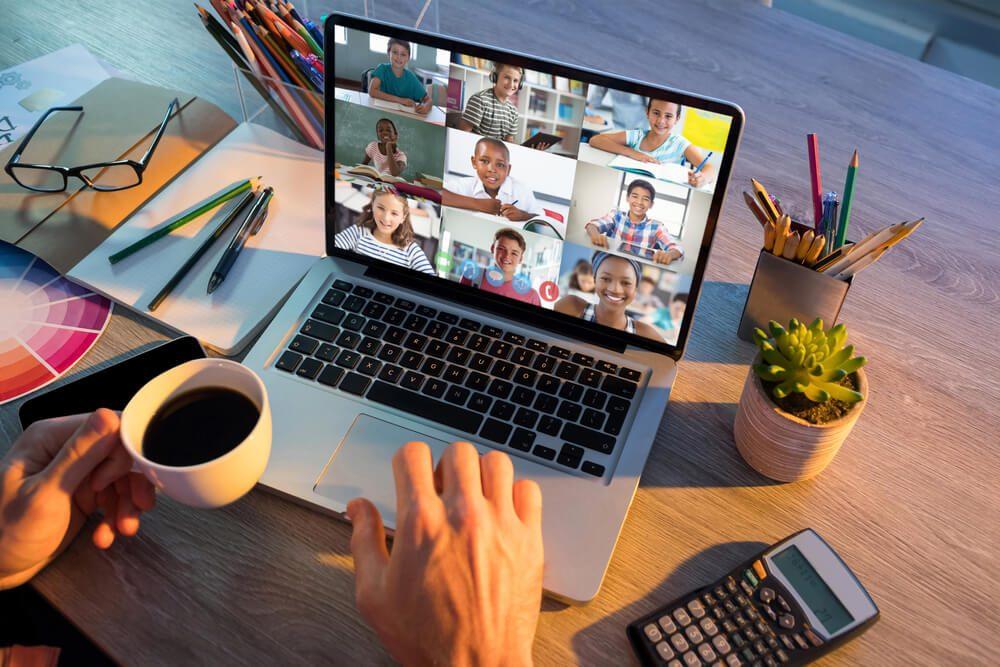 trabalhar como professor online